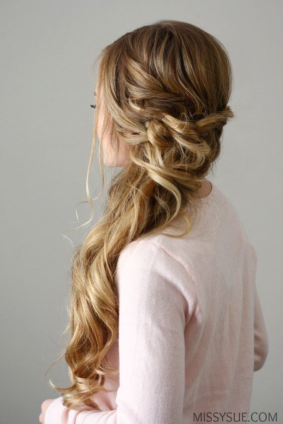 791a71ed15dc2e96fc155a50b7e68624 - Top Hairstyles for All Bridesmaid to Rock the Look