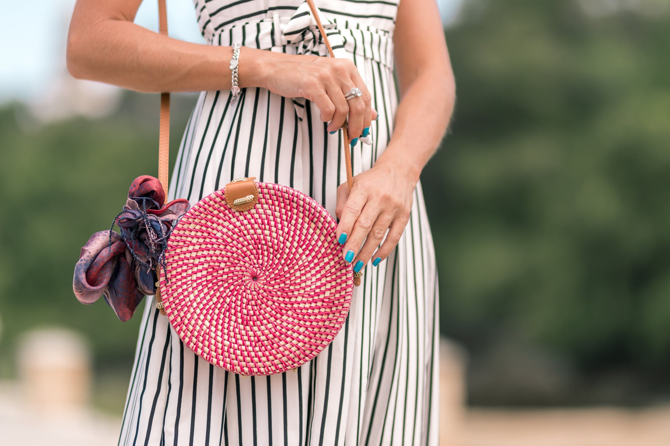 The Circle Handbag Trend Is Not Going Anywhere!