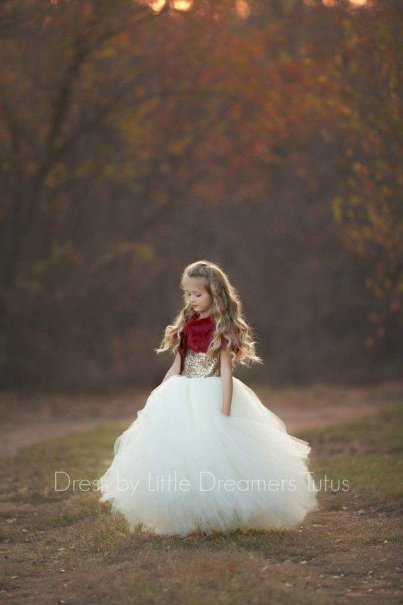 flower girl dress 22 - Super Cute Flower girl Dresses Ideas!