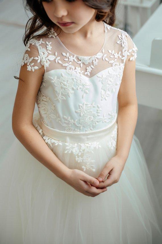 flower girl dress 43 - Super Cute Flower girl Dresses Ideas!