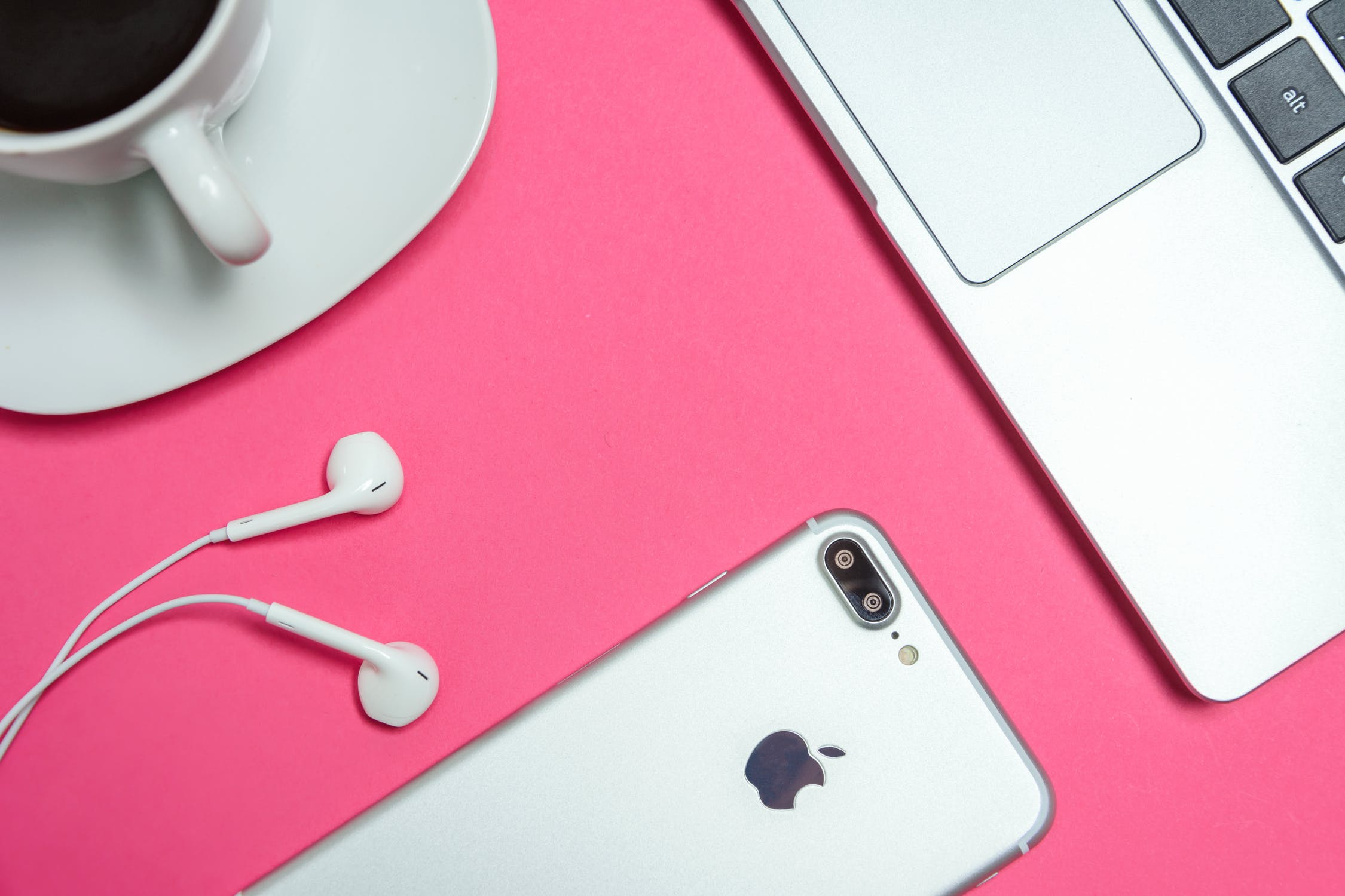 pexels photo 1038628 1 - Everything You Need To Know About the Upcoming Iphones!