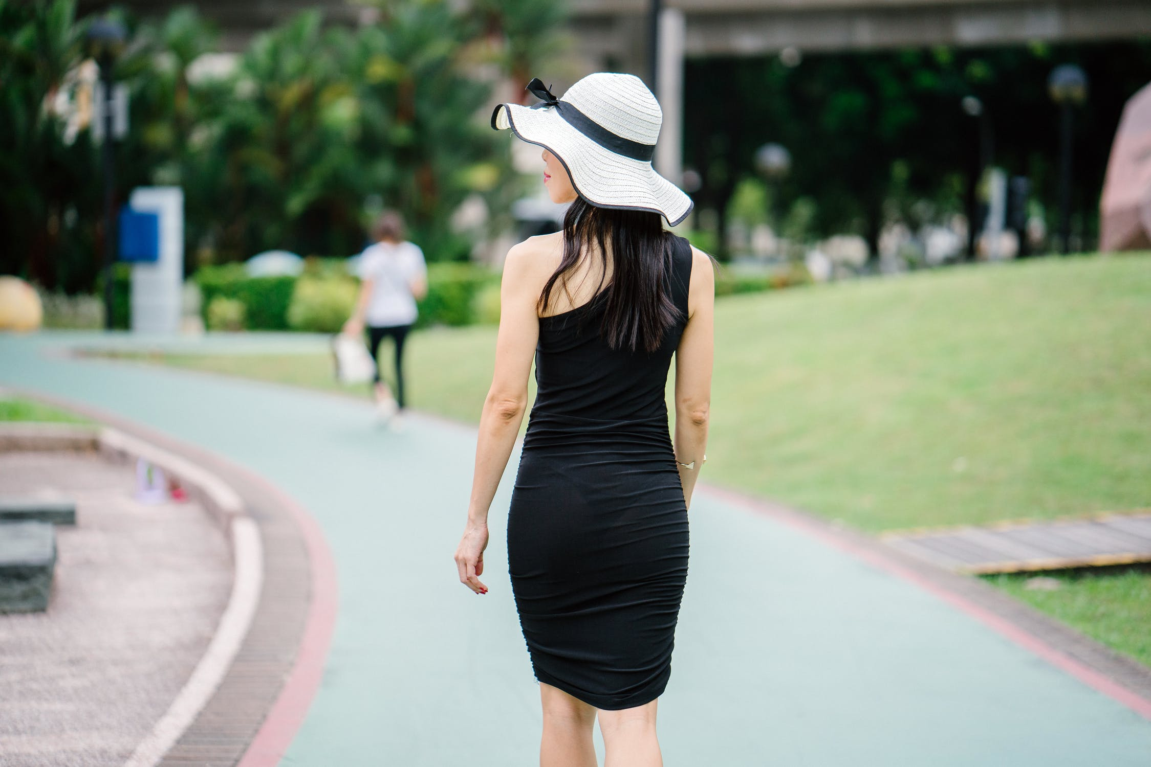 pexels photo 1306585 - TOP 5 BLACK DRESSES BY REBELLIOUS FASHION UNDER £ 5.00 - Sale is On!