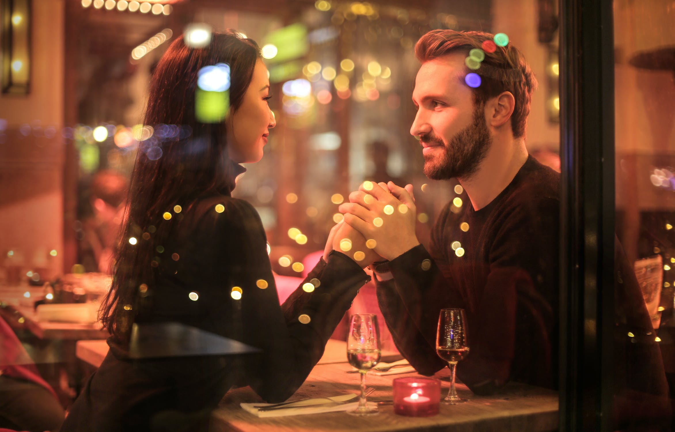 How to date while observing Social distancing